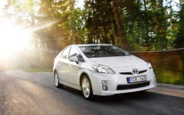 гибридные автомобили, батарея Prius, законы эксплуатации гибридных автомобилей