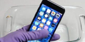 iPhone 7, дата выхода iPhone 7, презентация iPhone 7, купить iPhone 7, купить iPhone 7 в России, когда iPhone 7 появится в России, стоимость iPhone 7, что будет если опустить айфон в кислоту, видео опустил iPhone 7 в кислоту, iPhone 7 взрывается