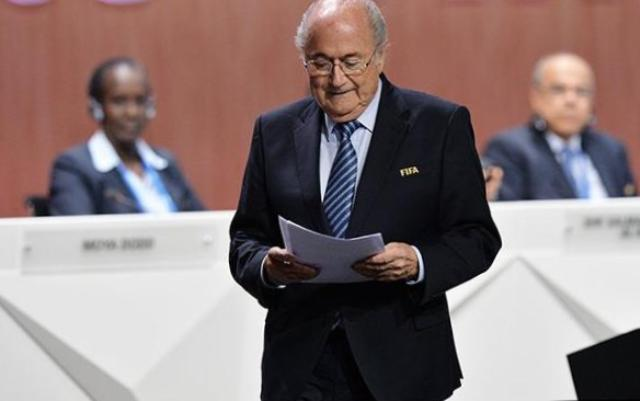 Йозеф Блаттер, Блаттер заявил об отставке, отставка президента ФИФА