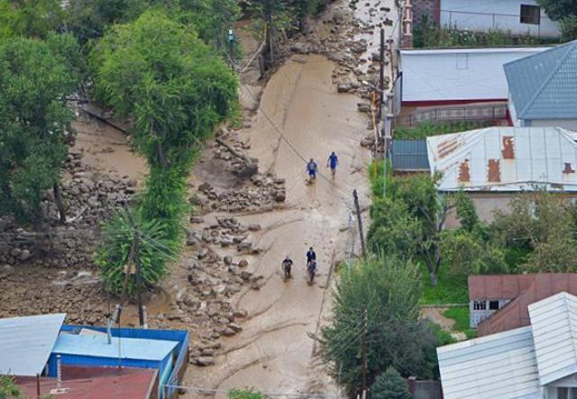 the landslide, a landslide in Alma-ATA, a state of emergency in Almaty
