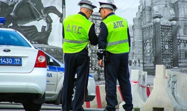 штраф по жалобе, пожаловаться на нарушение ПДД, нарушение правил дорожного движения, видеозапись доказательство нарушения пдд, пожаловаться на нарушителей пдд