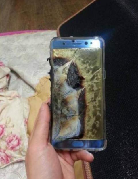 Galaxy Note 7, Galaxy Note 7 взрывается, Galaxy Note 7 взорвался, Galaxy Note 7 отзыв, купить Galaxy Note 7 в России