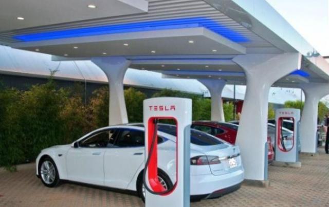 электромобили, электрокары, электромобили Tesla, будущее автопрома, что будет в 2035, Германия решила производить электрокары, развитие автопрома в мире, к чему катится мир автомобилей, скоро обычные автомобили заменят, электромобили будущего ,электрокары