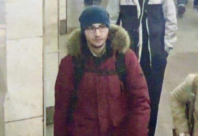 теракт в метро, теракт в петербургском метро, взрыв в метро в санкт-петербурге, расследование дела о взрыве в метро в санкт-петербурге, взорвалось метро в санкт-петербурге, заказчик теракта в метро санкт-петербург, исполнитель теракта в Санкт-Петербурге, задержаны по делу о взрыве в санкт-петербурге, теракт в санкт-петербурге 2017