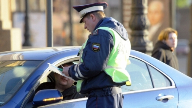 whether it is possible to shoot video of DPS staff, photograph traffic police officers, traffic police officers can take pictures of drivers, take photos of traffic police, videotaping communication with gibdd