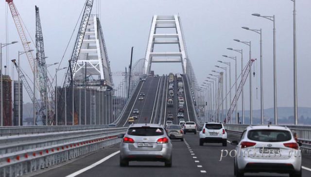 Vladimir Putin, Crimean bridge, bridge over the Kerch Strait, why built the Crimean bridge, why Russia bridge to the Crimea